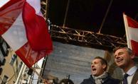 """Ultraderecha austríaca dice que golpe en Turquía fue """"fingido"""""""