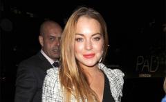 La madre de Lindsay Lohan niega embarazo de su hija