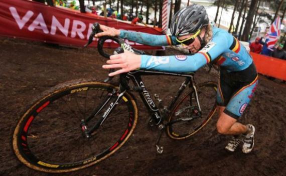 La UCI buscará motores en las bicis también en Río