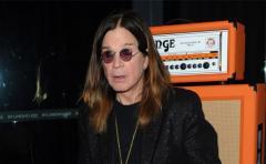 "Ozzy Osbourne, en terapia ""intensiva"" por adicción al sexo"