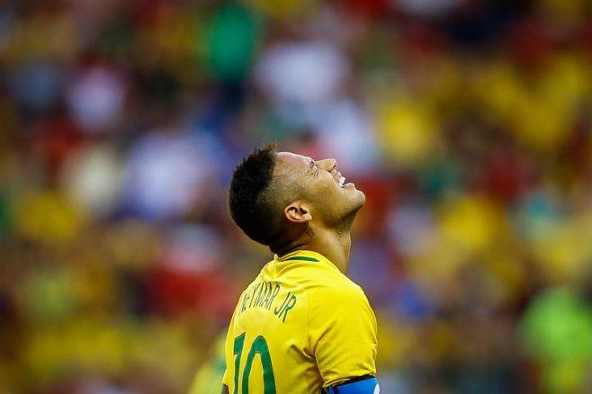 Brasil debutó empatando