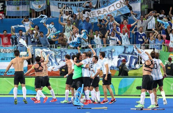 """""""Los Leones"""", campeones olímpicos por primera vez. EFE"""