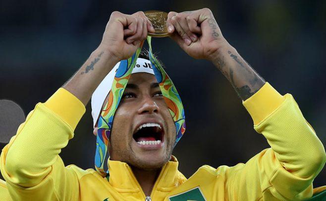 """Neymar: """"respondimos a las críticas con fútbol"""""""