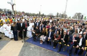 """Miles de fieles en la beatificación de """"Mama Antula"""""""