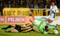 Peñarol empató sin goles con Liverpool