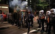 Simpatizantes de Rousseff salen a la calle y Policía interviene con gases