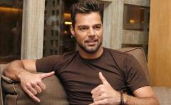 Ricky Martin de fiesta en Ibiza con su novio