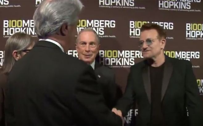 Vázquez premiado junto a Bono