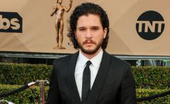 Jon Snow se vuelve 'extrañamente sentimental' en los aviones