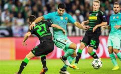El Barça remonta y es líder en solitario
