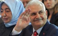 Decretan cierre de 12 canales de televisión en Turquía