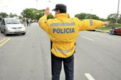 Desvíos y cortes en calles durante este domingo