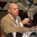 Entrevista central Fernando Pettenuzzo, presidente de la asociación de enólogos del Uruguay.//Antonella de Ambroggi nos revela la verdad detrás de ¿Todos los vinos son hechos para ser guardados?//Recomendaciones de vino.