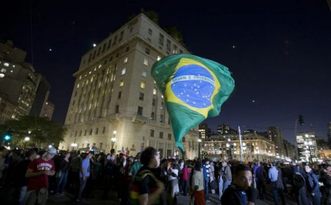 No paran las polémicas en Brasil