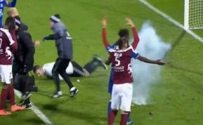 Petardo lanzado al portero del Lyon provocó suspensión del partido