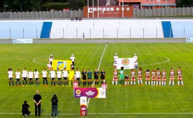 Colón de Uruguay busca afianzarse en la Libertadores femenina