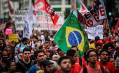 Escenario político en Brasil continúa agitado