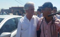 Vázquez recorrió San Carlos y prometió misma ayuda que a Dolores