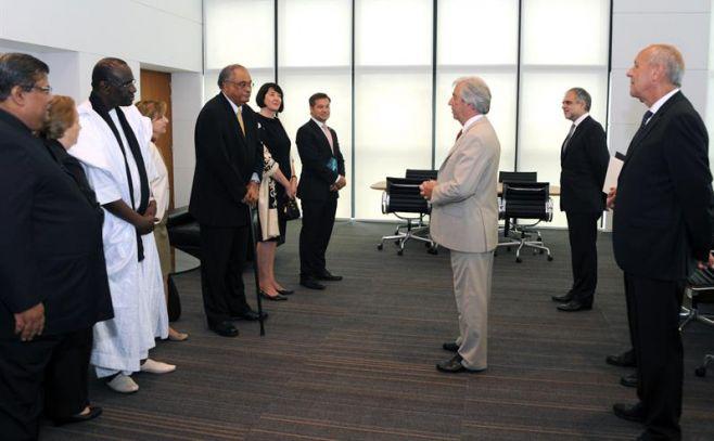 Vázquez recibió cartas credenciales de embajadores de nueve países