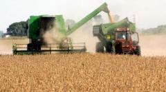 La inversión en maquinaria agrícola bajó en un 38%