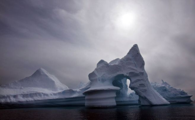 Disminuye el hielo marino en el Ártico y la Antártida