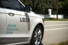 Google acusó a Uber de robar tecnología de autos