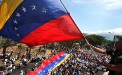 Venezuela entra nuevamente en batalla de opinión con EEUU