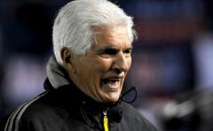 Comesaña dejó de ser entrenador de River Plate