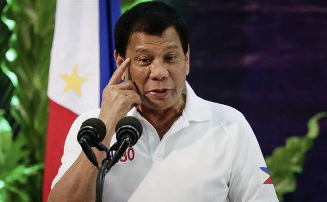 """Duterte tilda de """"locos"""" a diputados europeos"""