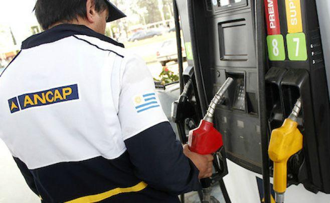 Ancap extendió horario de despacho de combustible y comienza a normalizarse el servicio