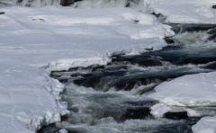 Descubren 200 lagos con gas metano en el ártico siberiano