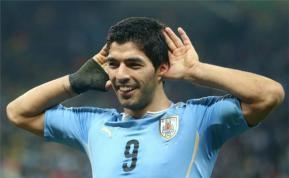 Sitio de apuestas arremete contra Luis Suárez