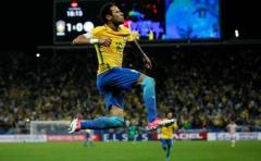 Brasil despegado del pelotón