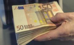 ¿Cómo son los billetes más curiosos del mundo?