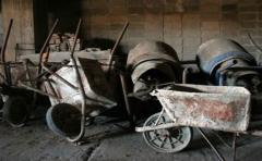 Denuncian que Vivienda pone en peligro hogares de trabajadores