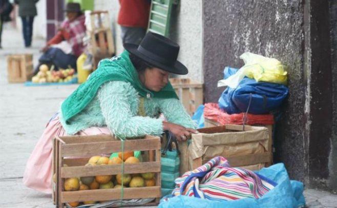 El 75 % de mujeres tiene empleo informal en Perú
