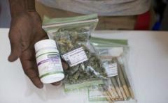 Centro de farmacias pide comercializar marihuana medicinal