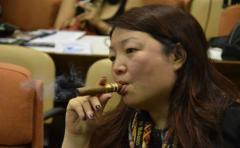 Adicción al tabaco podría impedir reducción de la pobreza en China
