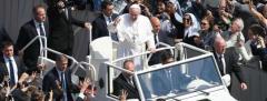 El papa pide a mandatarios valor para evitar conflictos