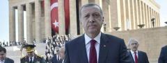 """Erdogan ganará poder en Turquía tras triunfo del """"Sí"""" en referéndum"""