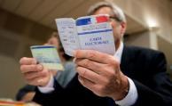 """Los franceses votan en unas elecciones """"cruciales"""""""