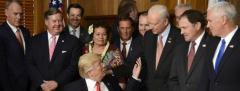 Trump se reúne con los 100 senadores por Corea del Norte
