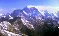 Hallan a montañero vivo tras 47 días perdido en el Himalaya