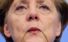 """Merkel: primero se negociará """"brexit"""" y luego relación con UK"""