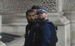 Nueva alarma terrorista cerca del Parlamento británico