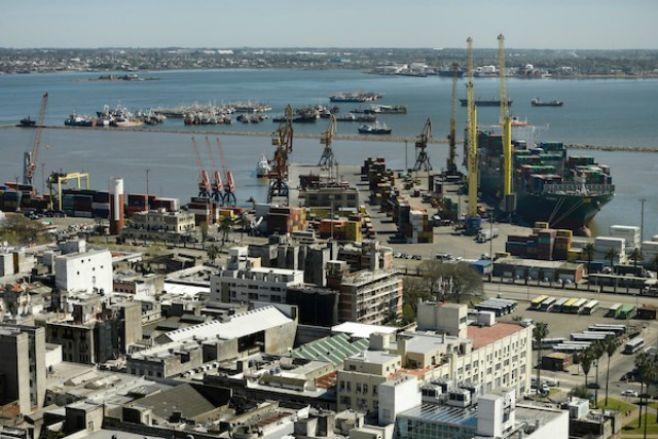 Multinacional de origen belga anuncia su retiro del puerto de Montevideo
