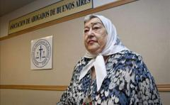 Presidenta de Madres de Plaza de Mayo procesada por fraude