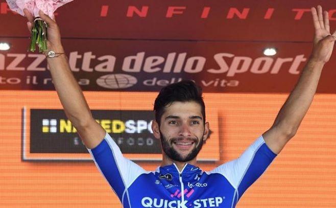Fernando Gaviria hace historia en la corsa rosa