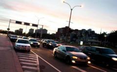 Desvíos de tránsito en varias zonas este domingo