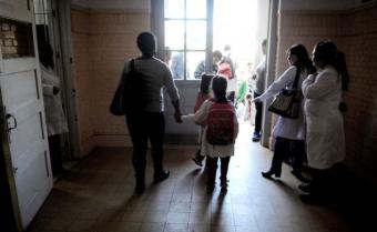 Proponen mantener asignación familiar a quienes dejen de asistir a centros educativos